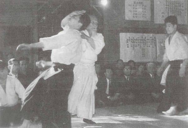 yasuo-kobayashi-aikikai-hombu.jpeg